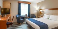 Serviced Apartments in Swindon   Serviced Accommodation in Swindon   Short term accommodation in Swi