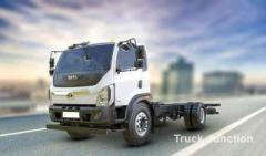 Trailer Truck Price and Features
