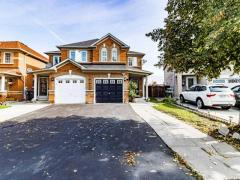 Gorgeous Semi Detached House for Sale in Brampton