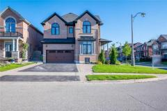 Gorgeous House for Sale in Brampton