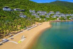 Discover the different beauties at beaches in Danang travel